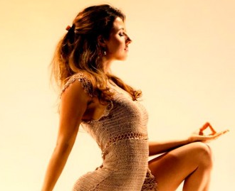 30 Day Yoga Challenge & Detox Diet